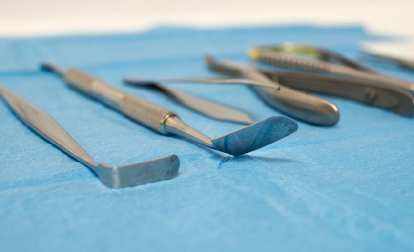 chirurgia-orale-Chimetto-Filice-dentista-a-Pisa